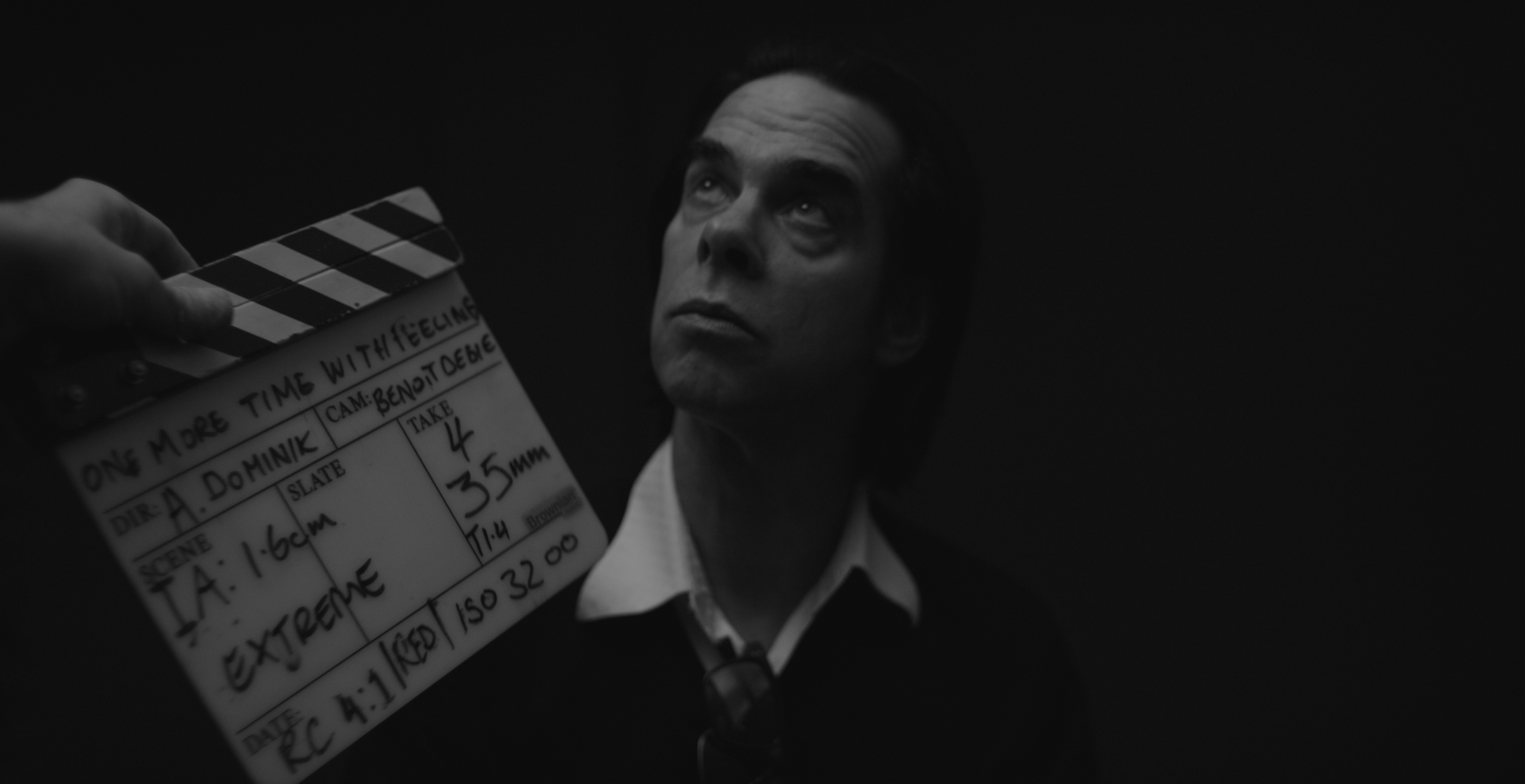 CLAPPERBOARD[2]