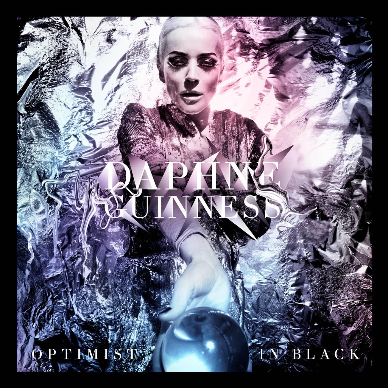 daphne_guinness_optimist_in_black