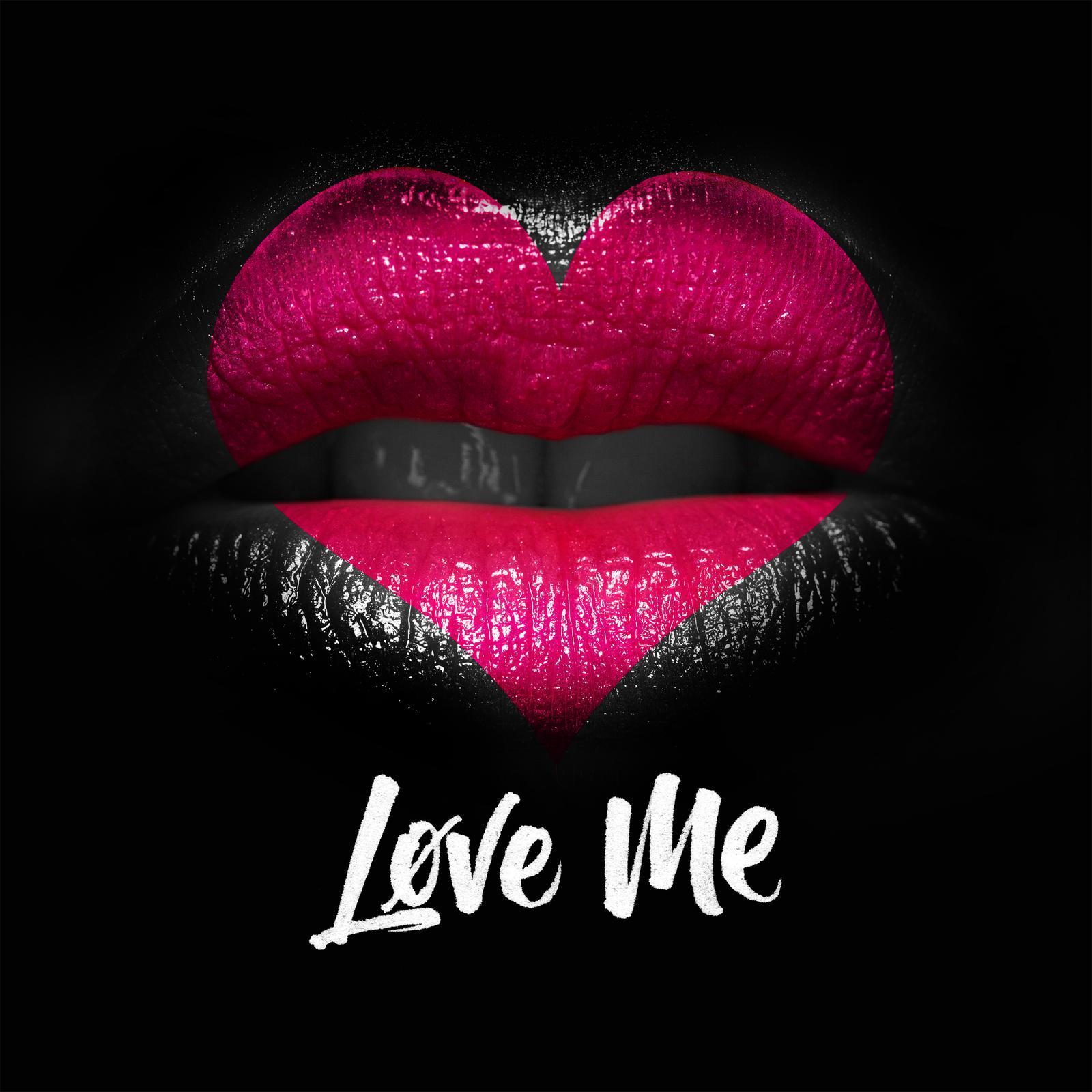 single-cover-love-me