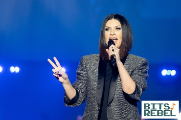 Laura Pausini Milano 11 x wp