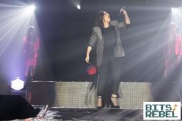 Laura Pausini Milano 6 x wp